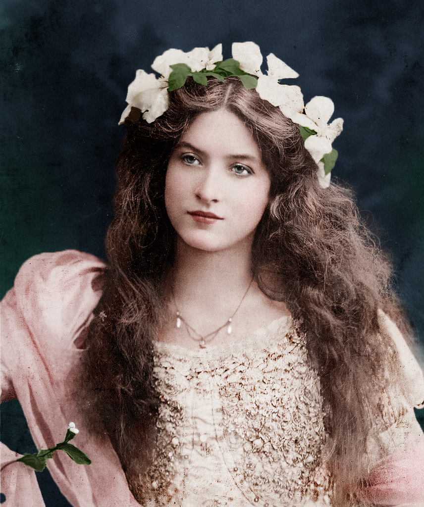 This Victorian Era Beauty Was Born 1881  Dplarge-9007