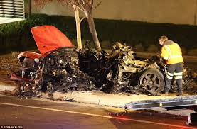 Paul Walker   Porsche Carrera GT crash scene5